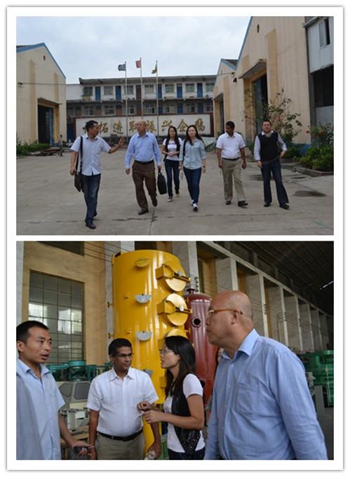 斯里兰卡的客户来我厂对500吨花生