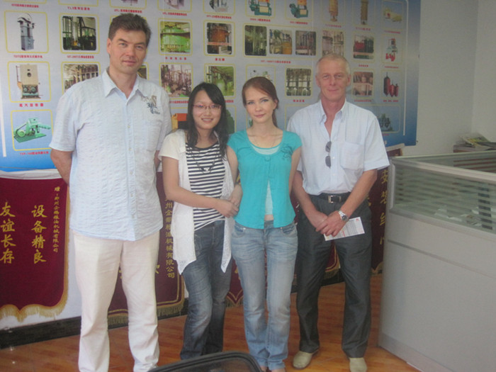 俄罗斯客户与我们企鹅合作签订了